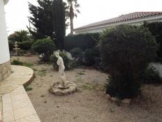 jardin-lateral.jpg